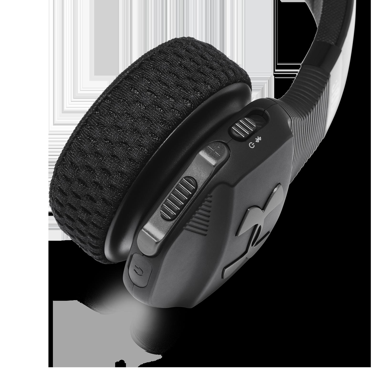UA Sport Wireless Train – Engineered by JBL - Black - Wireless on-ear headphone built for the gym - Detailshot 3